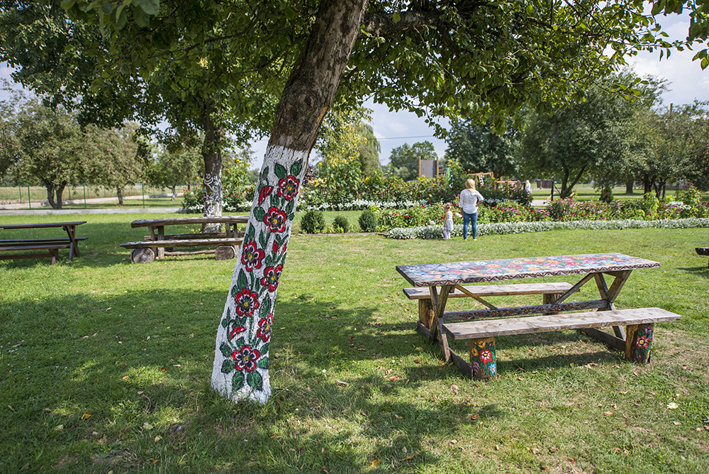 Ogród przy Domu Malarek w Zalipiu